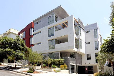 1232 N Kings Rd, West Hollywood, CA 90069