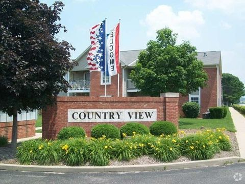 Photo of 388 Country View Ct, Martinsville, IN 46151