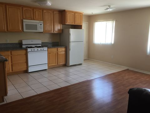 6843 Agnes Ave Apt 5, North Hollywood, CA 91605