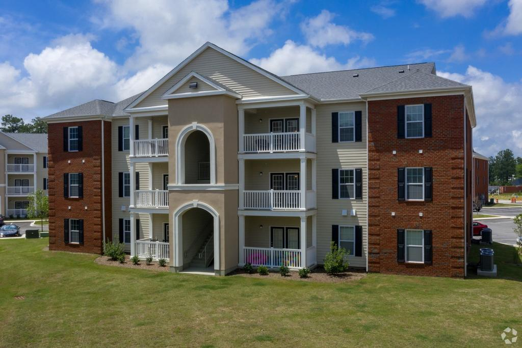 Waterchase Apartment Homes