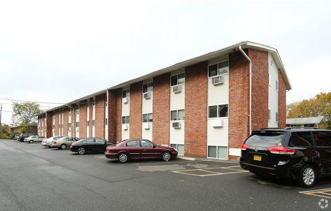 5 Southside Ave, New Paltz, NY 12561