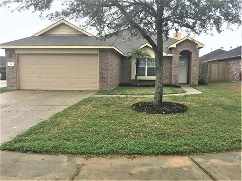 Photo of 101 Santa Fe Ct, La Marque, TX 77568
