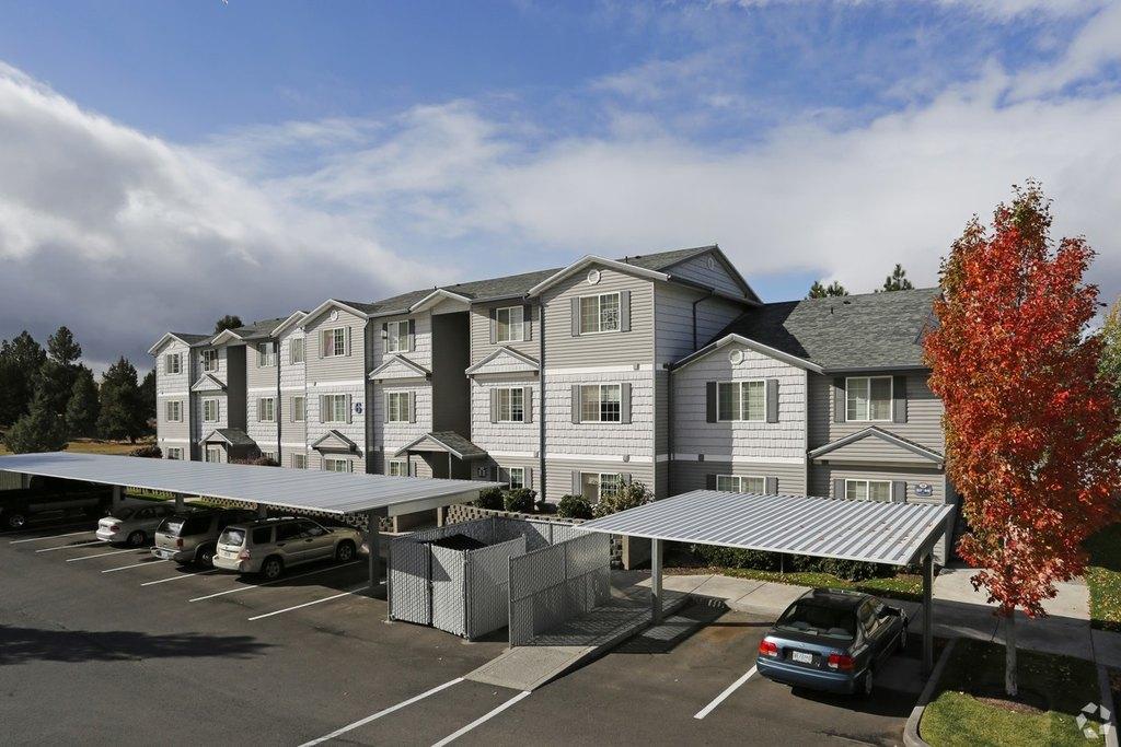 StoneBriar Apartments