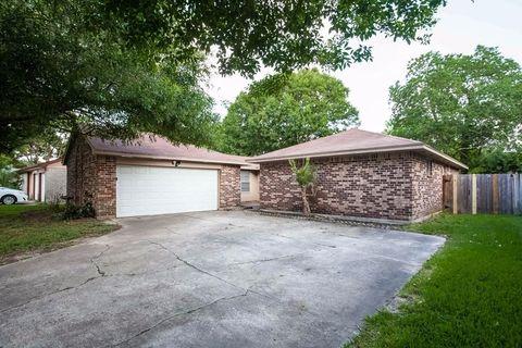 10031 Rustic Gate Rd, La Porte, TX 77571