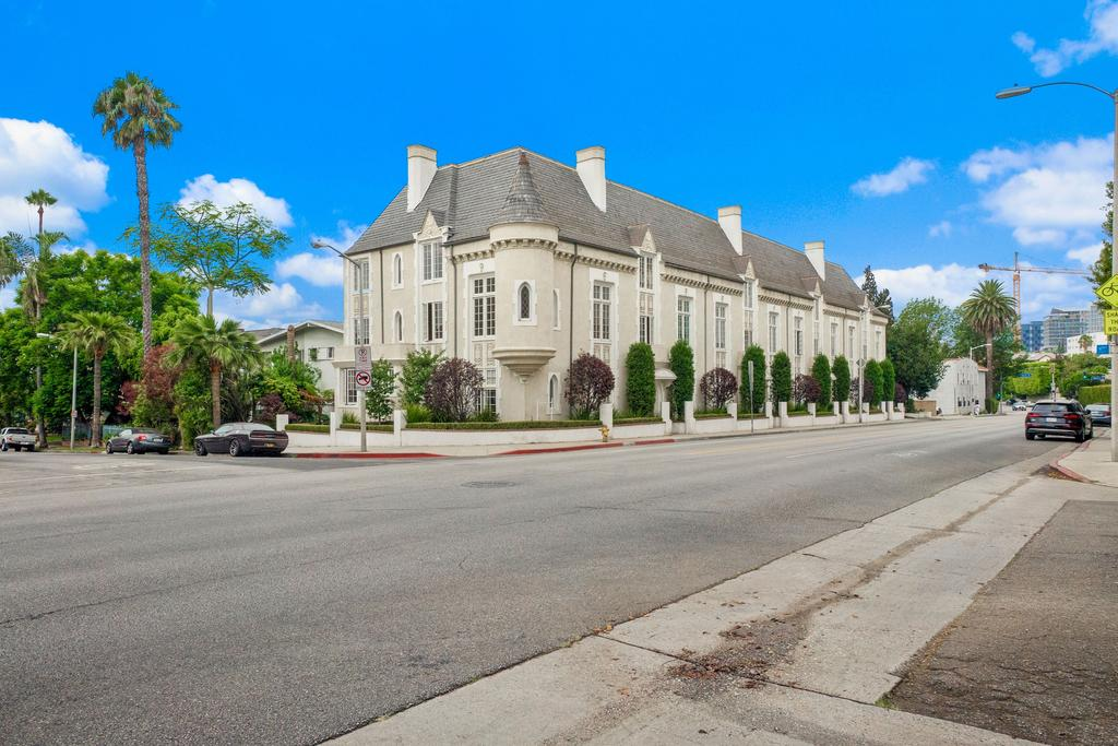 west hollywood masterpiece ready for special buyer west hollywood