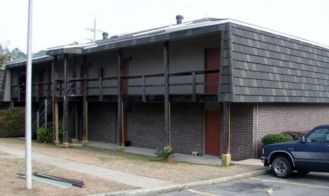 Photo of 2820 Lincoln Rd, Hattiesburg, MS 39402