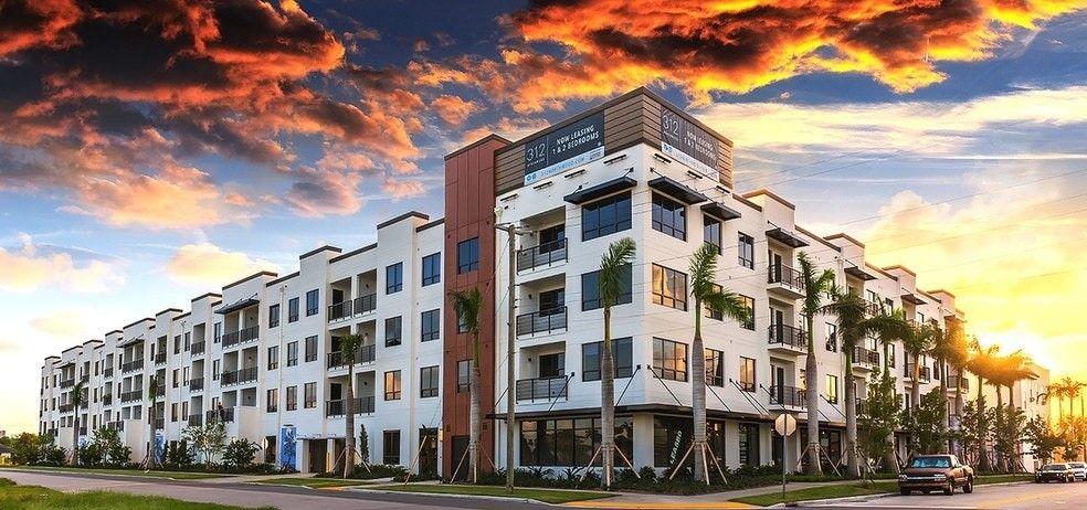 427 Northwood Rd West Palm Beach Fl