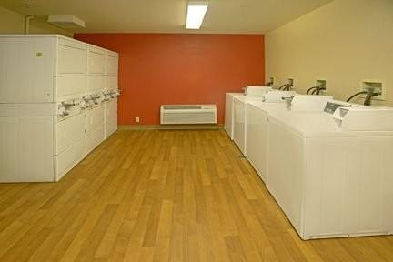 Furnished Studio – Fairbanks - Old Airport...