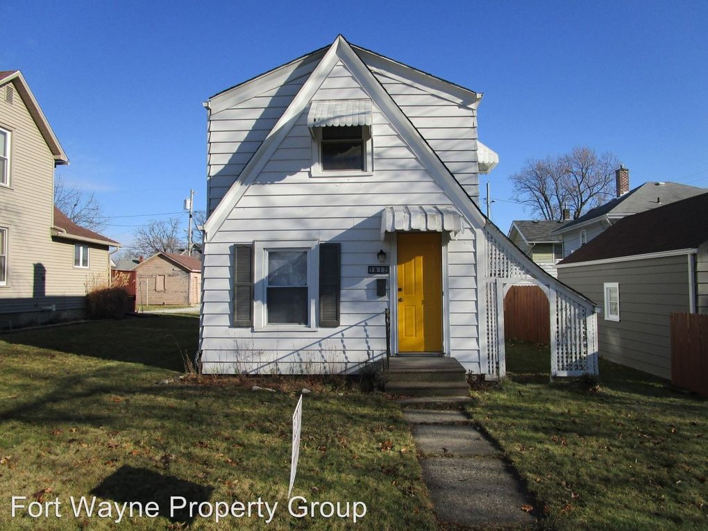 1812 Franklin Ave, Fort Wayne, IN 46808