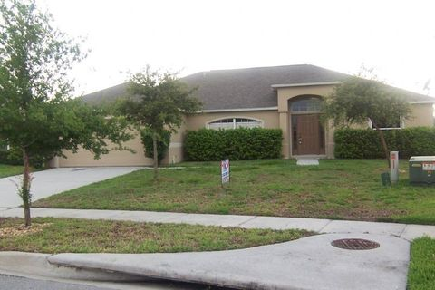 3245 Murray Hill Loop, Kissimmee, FL 34758