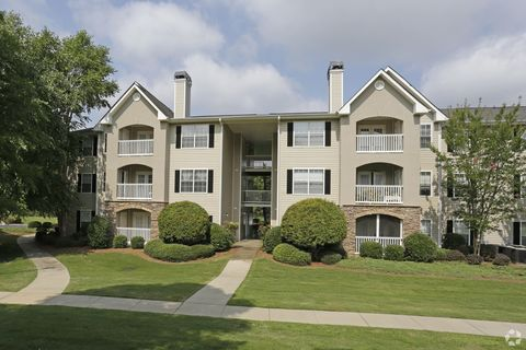Photo of 1000 Arbor Keats Dr, Simpsonville, SC 29680