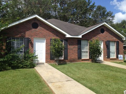 Photo of 1511 A Adcox Rd, Picayune, MS 39466