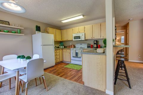 Photo of 12450 Nw Barnes Rd, Portland, OR 97229
