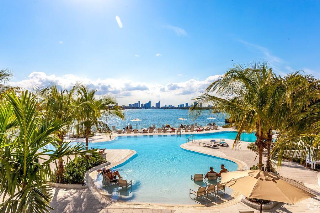 900 West Ave Miami Beach Fl 33139