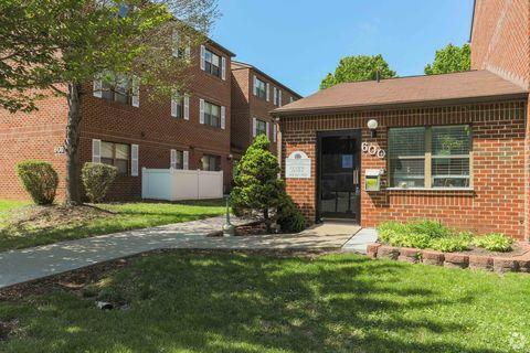 Photo of 600 Foxcroft Ave, Martinsburg, WV 25401