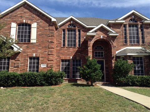 Photo of 2910 St Vincent Dr, Mansfield, TX 76063