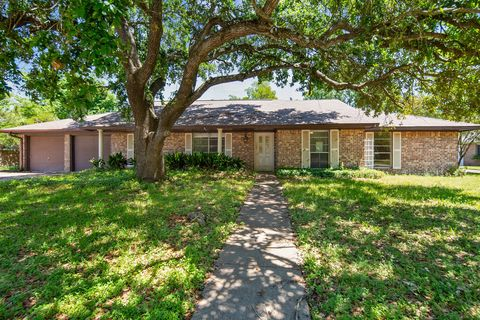 Photo of 1801 Hondo Dr, College Station, TX 77840