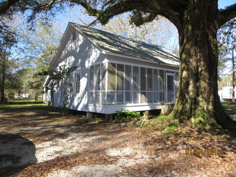 Photo of 5 Koch Rd, Picayune, MS 39466