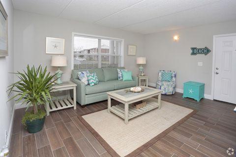 Photo of 900 Plaza Dr, Atlantic Beach, FL 32233