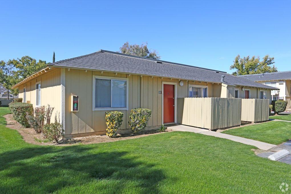 4918 N 9th St Fresno Ca 93726