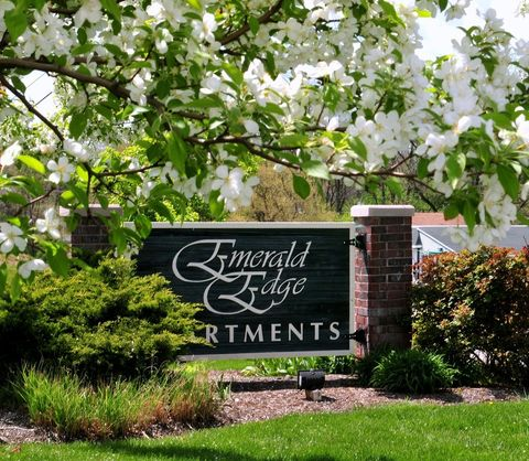 Photo of 2 Emerald Way, Franklin, OH 45005