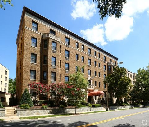 2901 Connecticut Ave Nw, Washington, DC 20008. Apartment For Rent