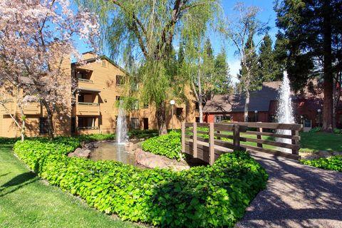 4145 Shadow Ln, Santa Rosa, CA 95405