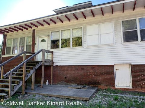 Photo of 743 Broad St Nw Apt 4, Cleveland, TN 37311
