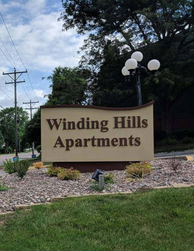 Winding Hills Apartments