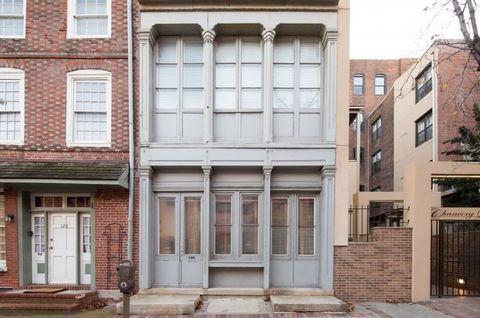 130 Arch St, Philadelphia, PA 19106