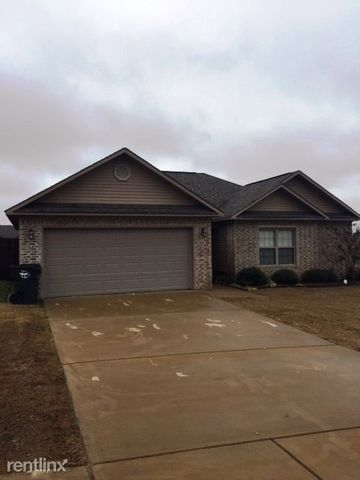 115 Derby Shire Pl, Hot Springs, AR 71913