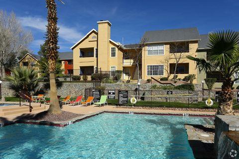 Photo of 535 S Mesa Hills Dr, El Paso, TX 79912