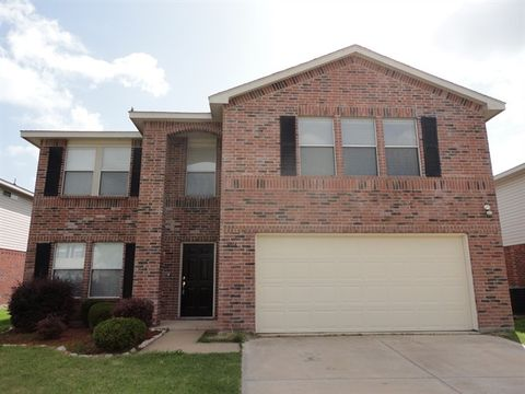 Photo of 3016 Cesareo Dr, Grand Prairie, TX 75052