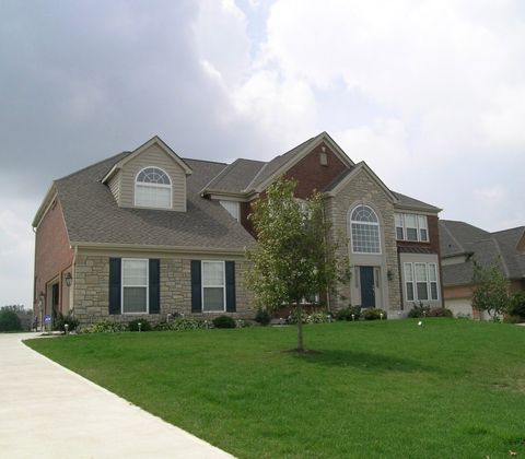 Photo of 1176 Charter Pl, Centerville, OH 45458