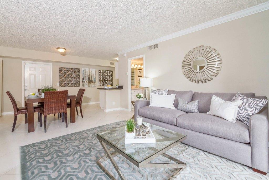 Union Square Apartments Palm Beach Gardens