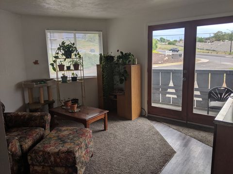 Photo of 3118 E Marietta Ave Apt 2, Spokane, WA 99207