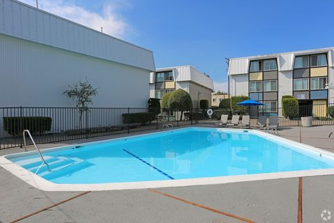 1050 E Foothill Blvd, San Luis Obispo, CA 93405