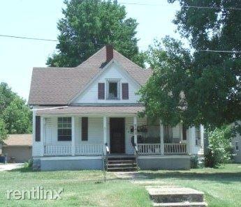 Photo of 742 S Grant Ave, Springfield, MO 65806