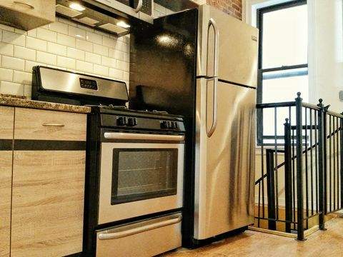 Photo of 870 Hart St Apt 1 L, Brooklyn, NY 11237