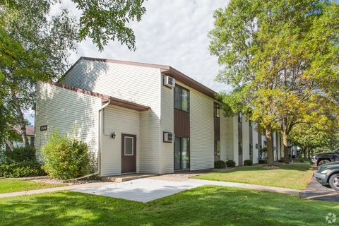 Photo of 1506 S Adams Ave, Marshfield, WI 54449