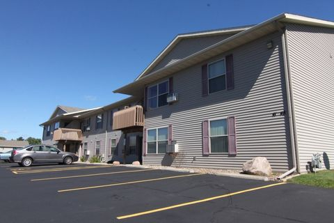 1121 S 50th Ave, Wausau, WI 54401