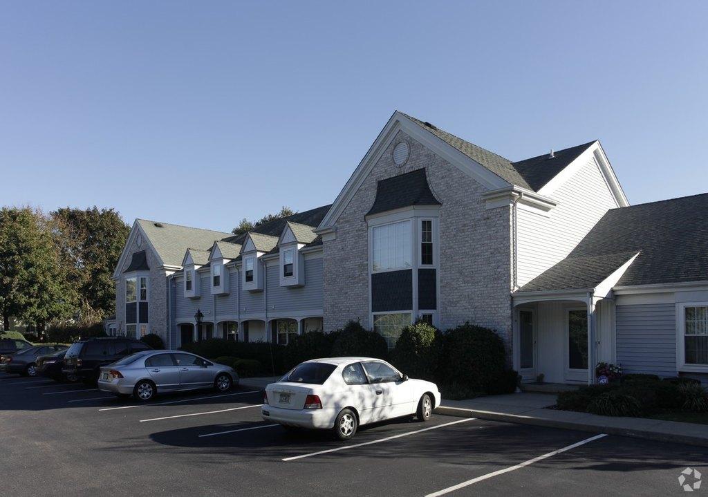 Heatherwood Apartments Port Jefferson Station Ny