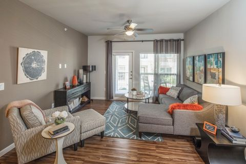 715 W Slaughter Ln, Austin, TX 78748. Apartment For Rent