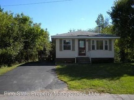 60 Pine St, Old Town, ME 04468