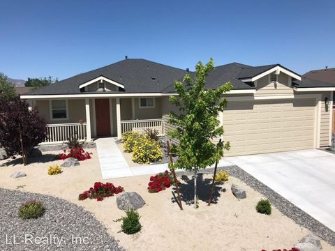 1960 Canal Dr, Fernley, NV 89408