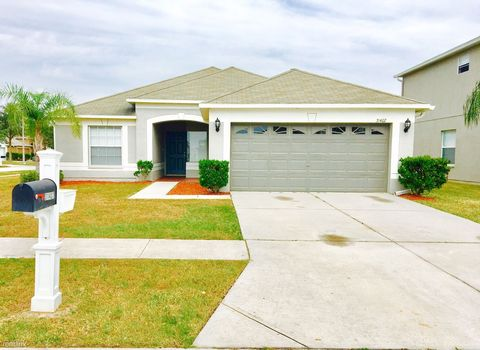 31407 Golden Gate Dr, Wesley Chapel, FL 33545