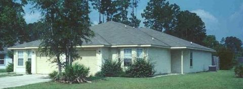 Photo of 140 Lakes Blvd, Kingsland, GA 31548