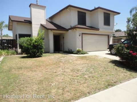 4934 W Hemlock Ave, Visalia, CA 93277