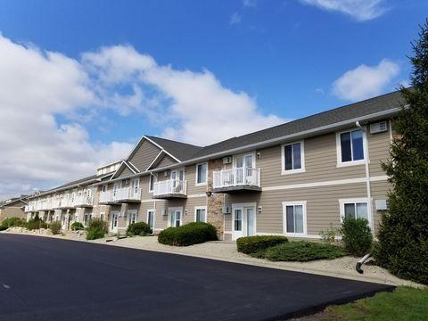 Photo of 2707-2727 Park Place Ln, Janesville, WI 53545