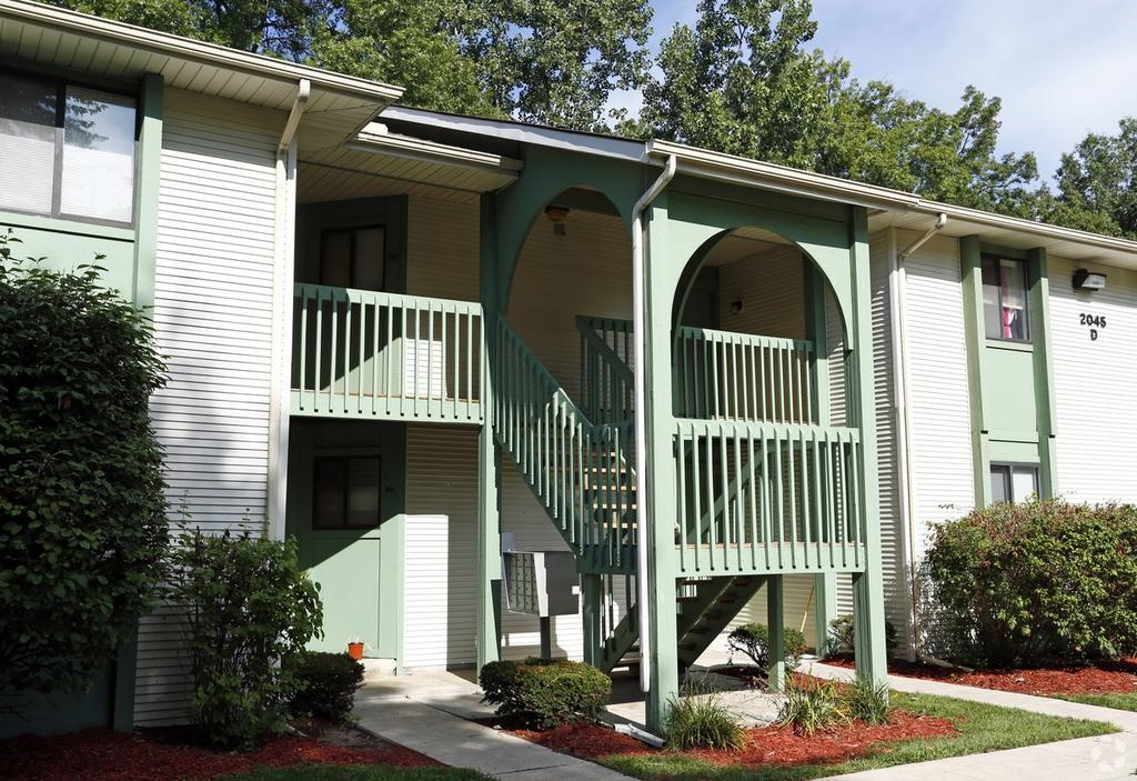 Country Trace Apartments